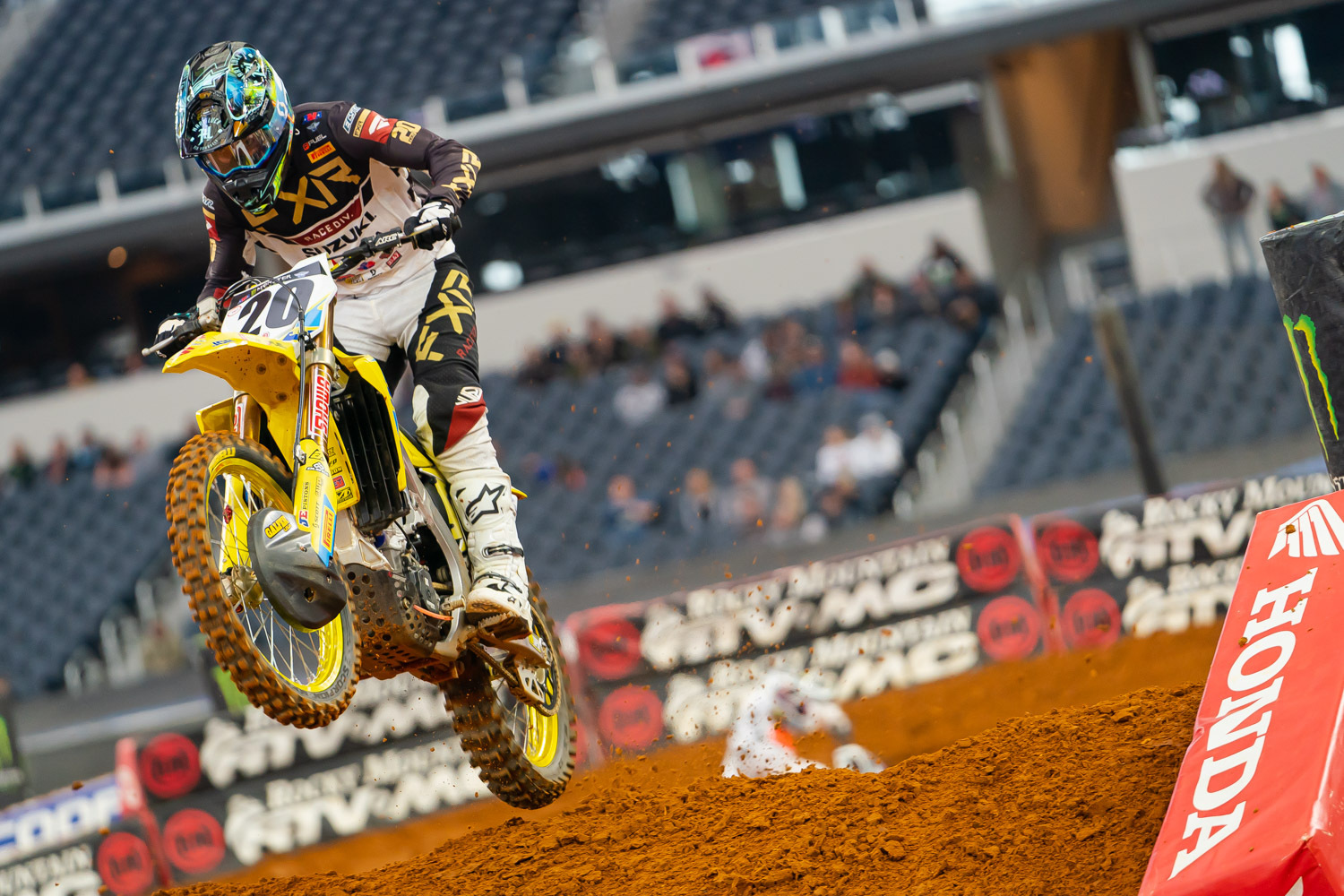 2020-ARLINGTON-SUPERCROSS_KICKSTART_0037