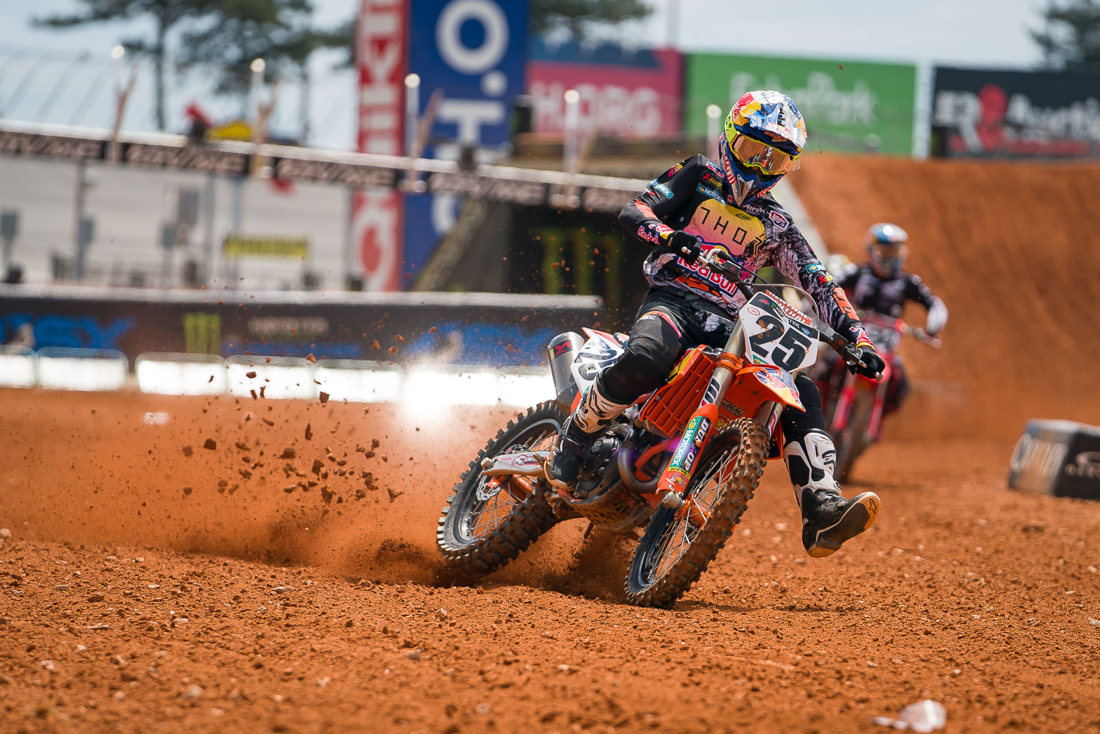 2021-ATLANTA-THREE-SUPERCROSS_KICKSTART_0948