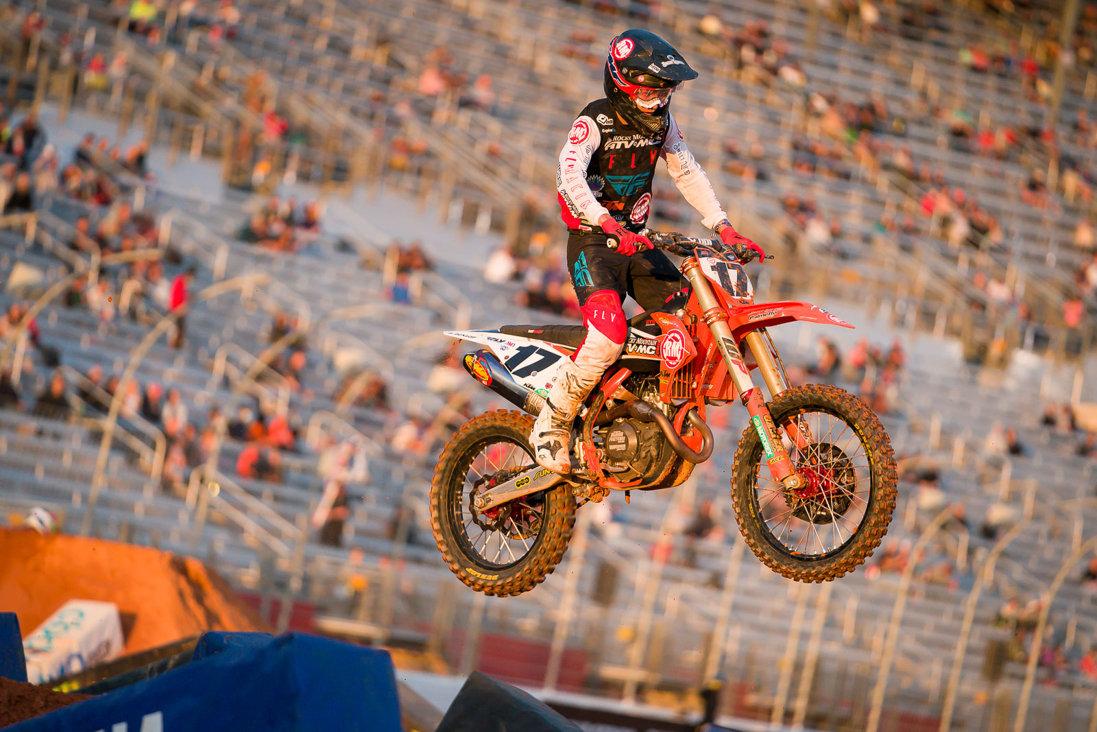 2021-ATLANTA-THREE-SUPERCROSS_KICKSTART_0975