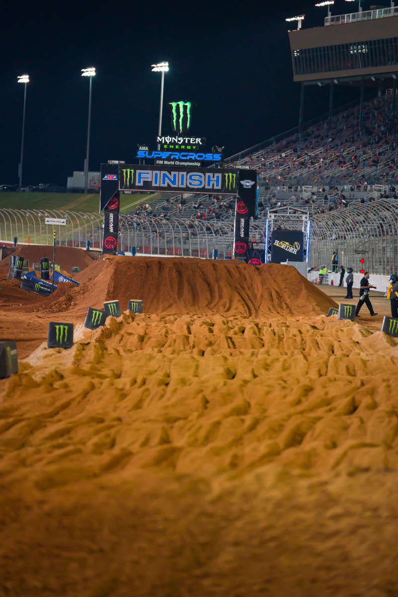 2021-ATLANTA-THREE-SUPERCROSS_KICKSTART_0982
