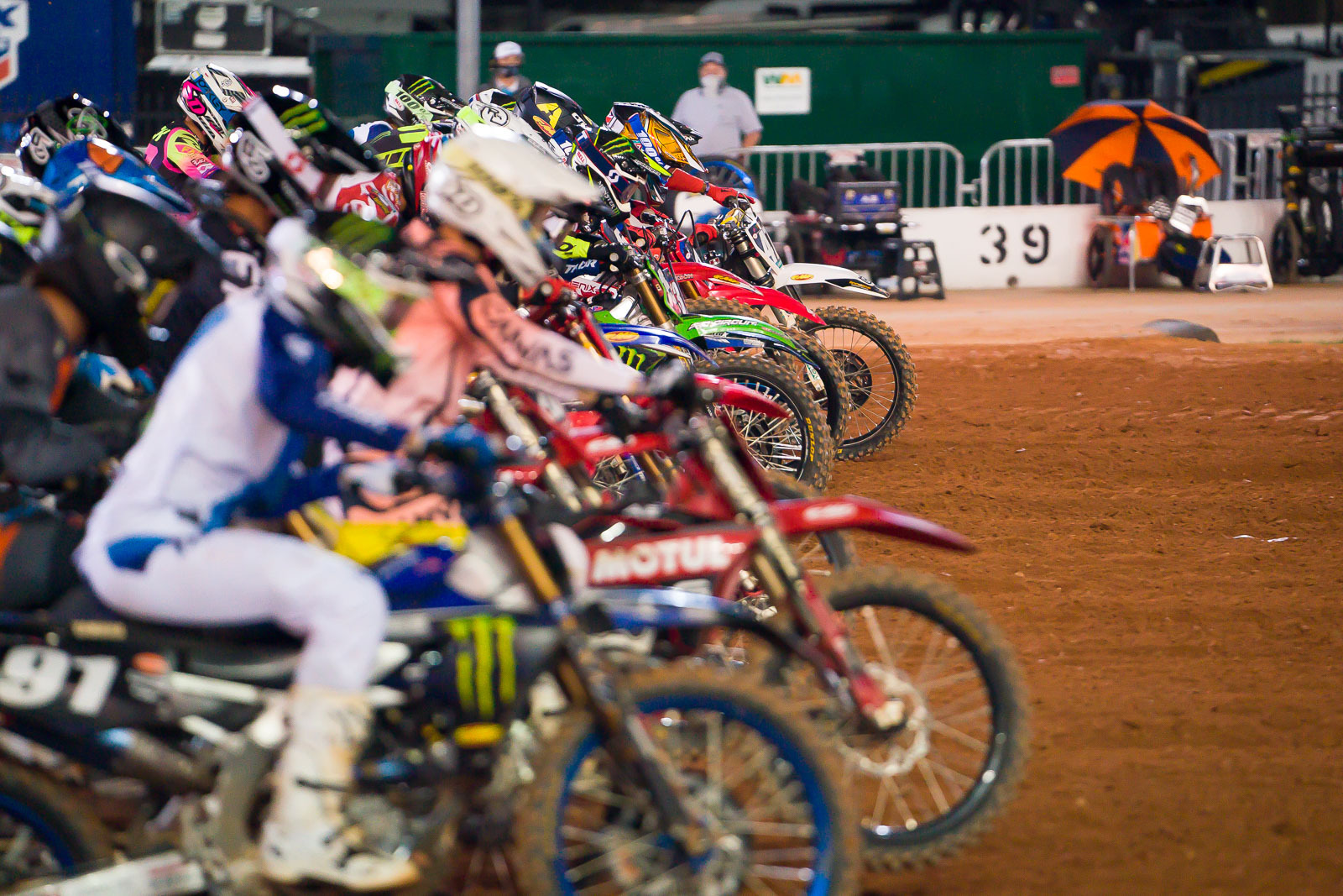 2021-ATLANTA-THREE-SUPERCROSS_KICKSTART_0983