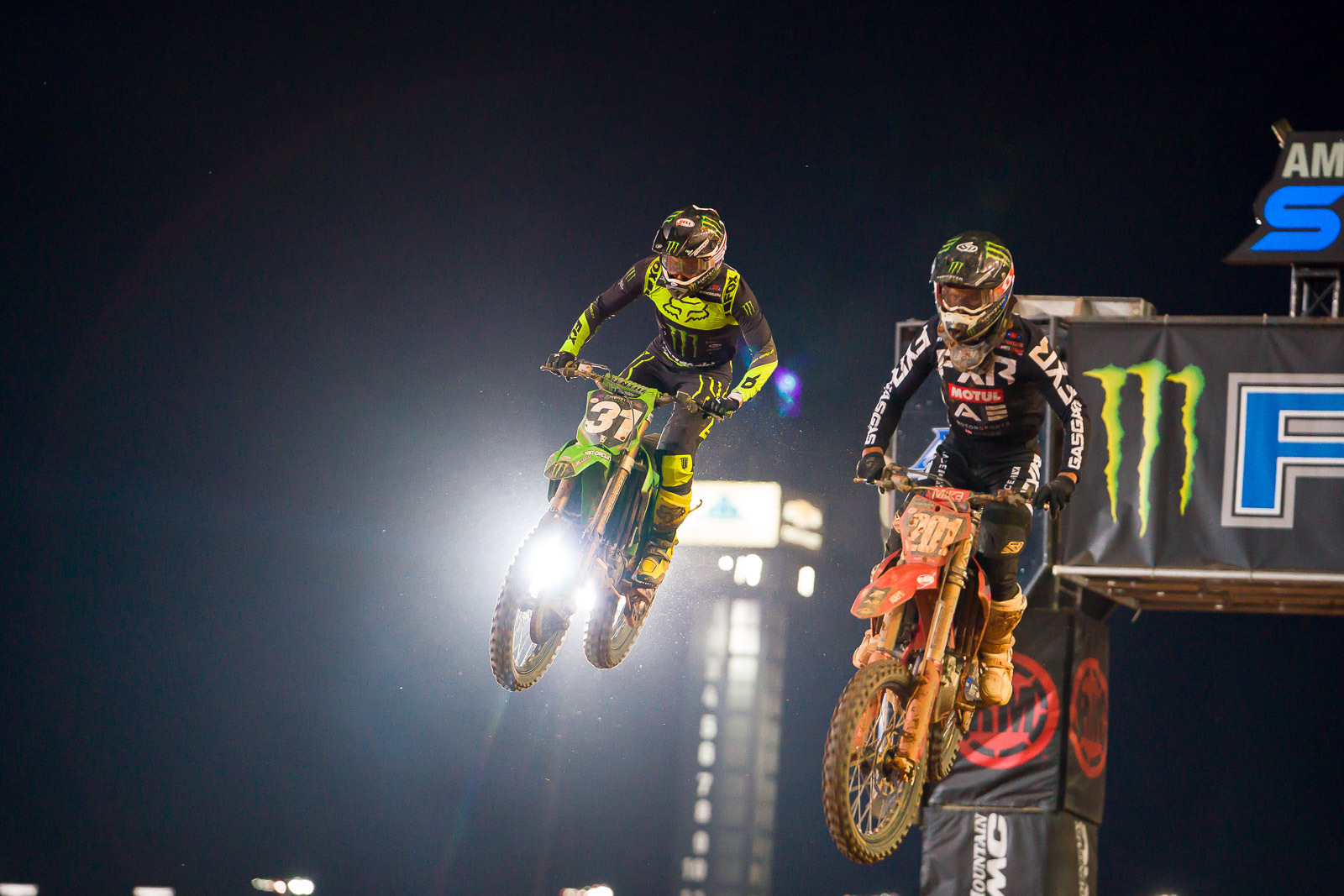 2021-ATLANTA-THREE-SUPERCROSS_KICKSTART_0991