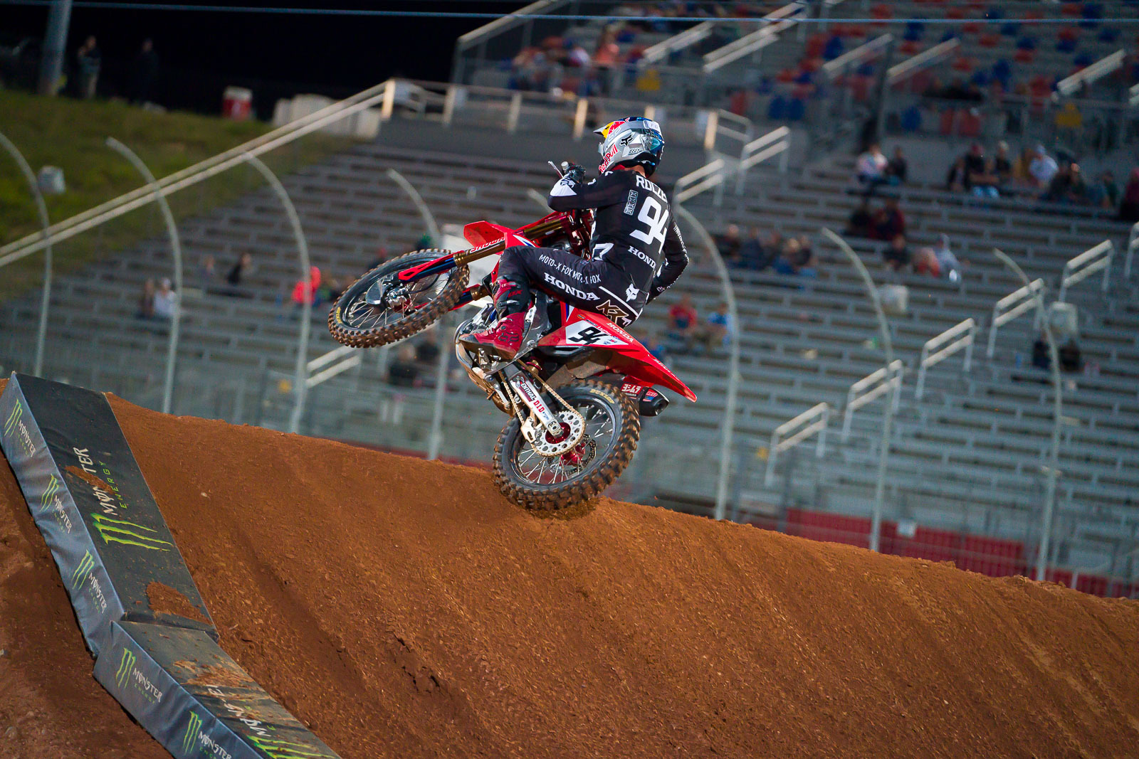 2021-ATLANTA-THREE-SUPERCROSS_KICKSTART_1000