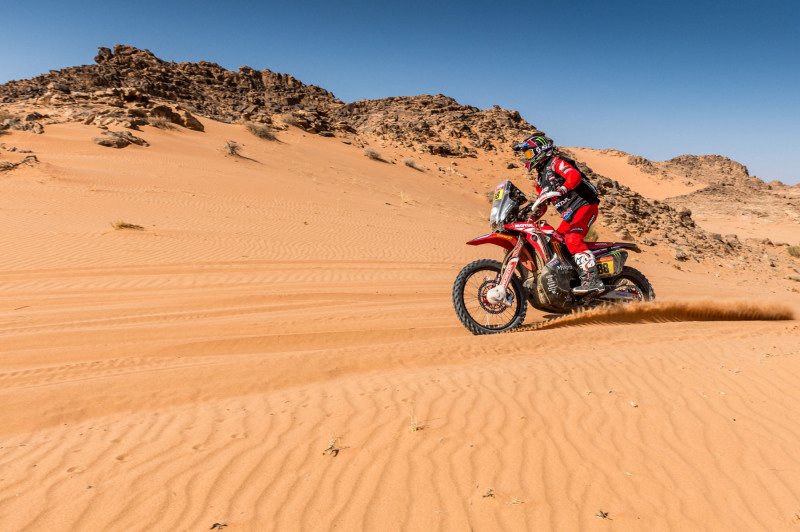 2021-Dakar-Rally-Stage-Eight_0318