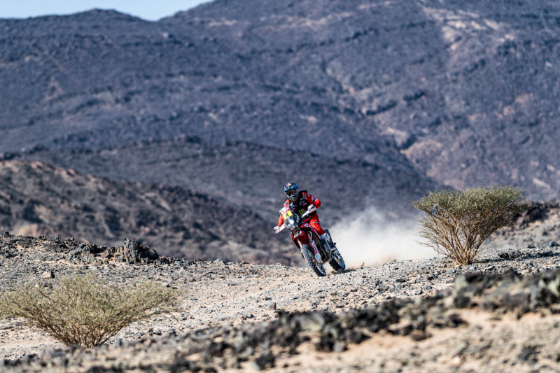 2021-Dakar-Rally-Stage-Four_-102