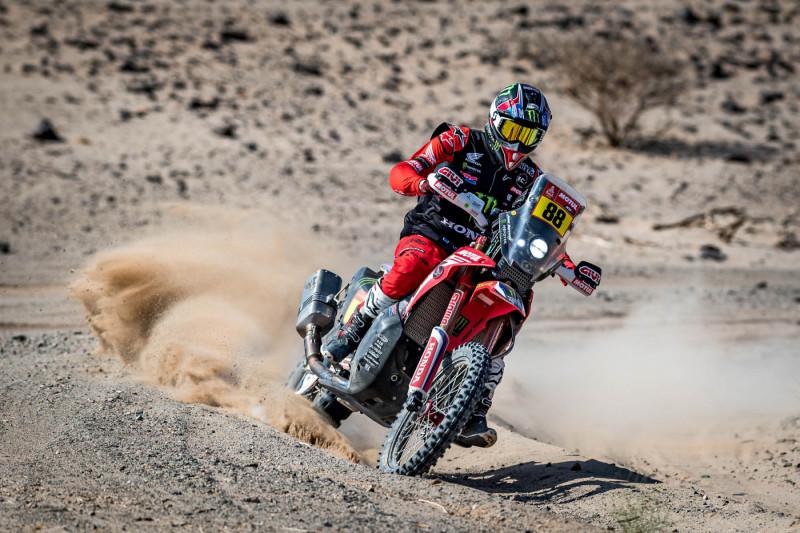 2021-Dakar-Rally-Stage-Four_-104