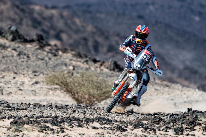 2021-Dakar-Rally-Stage-Four_-107
