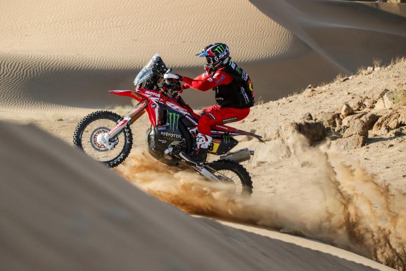 2021-Dakar-Rally-Stage-Two_0150