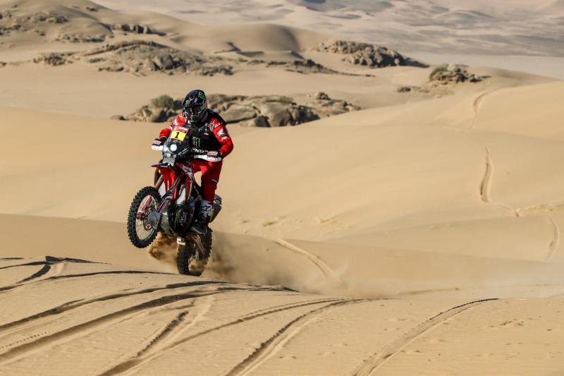 2021-Dakar-Rally-Stage-Two_0151