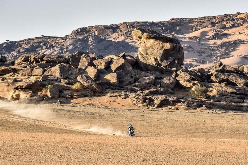 2021-Dakar-Rally-Stage-Two_0155