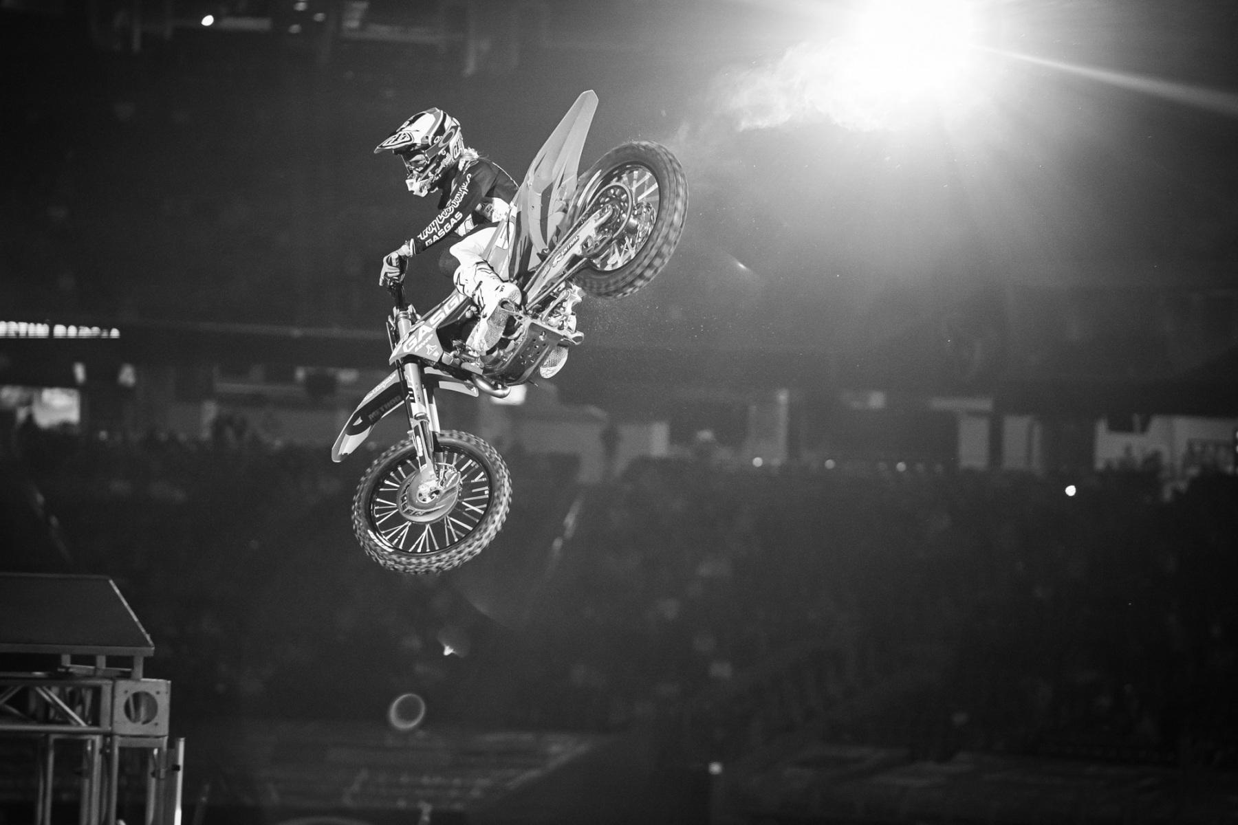 2021-Houston-Three-Supercross_Kickstart_1416