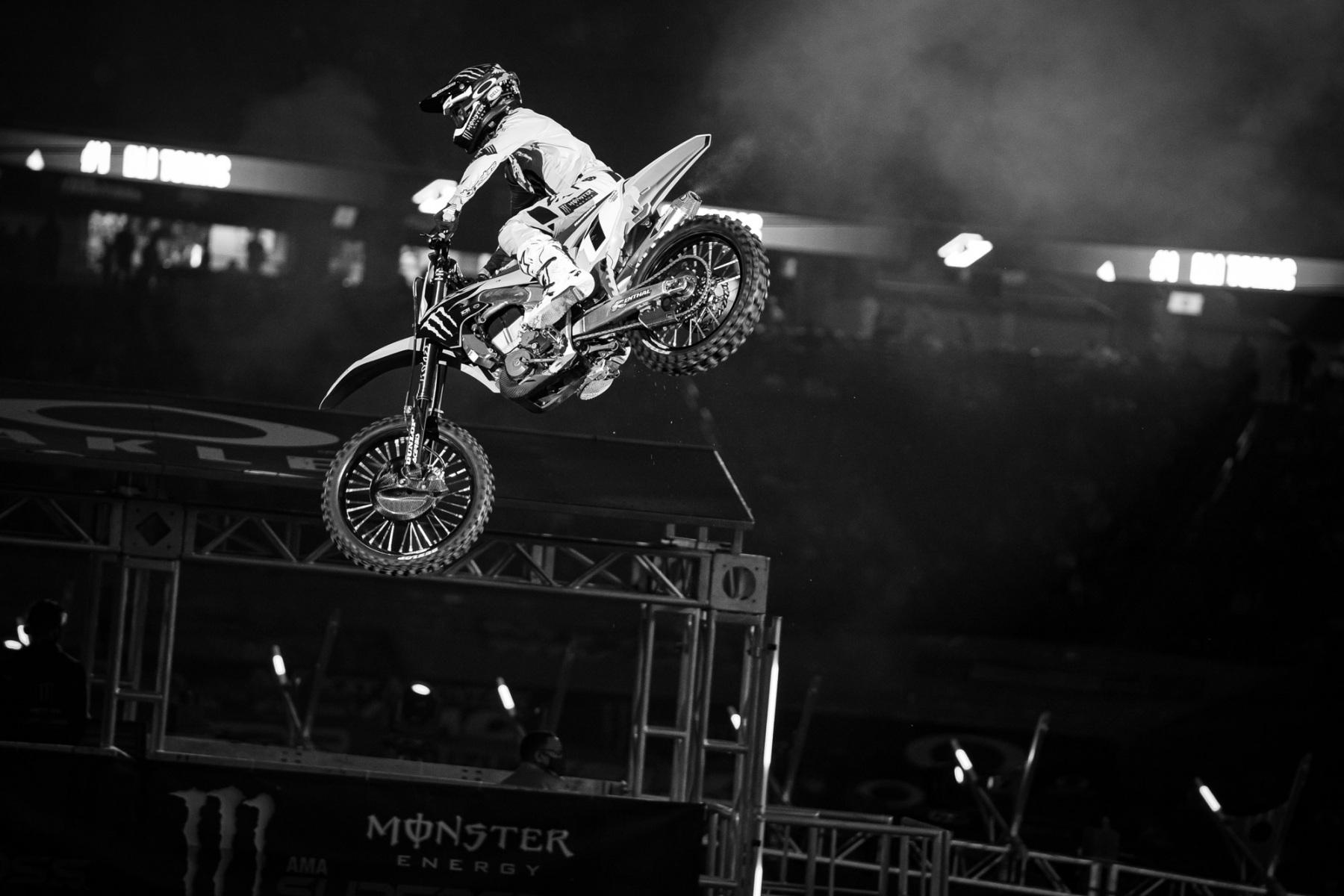 2021-Houston-Three-Supercross_Kickstart_1418