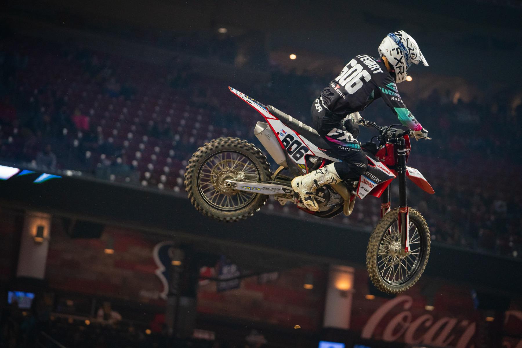 2021-Houston-Three-Supercross_Kickstart_1429