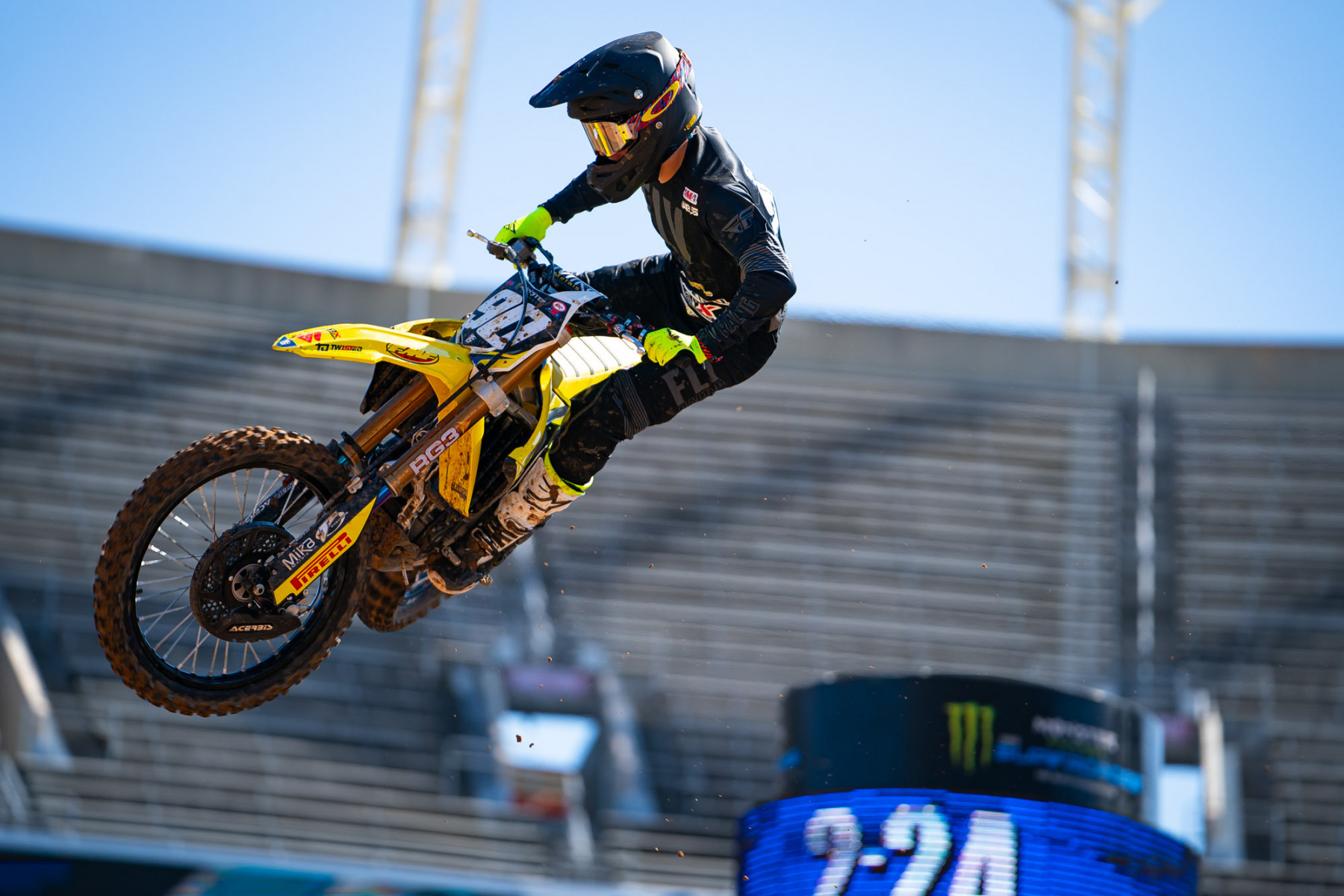 2021-ORLANDO-TWO-SUPERCROSS_KICKSTART_1485