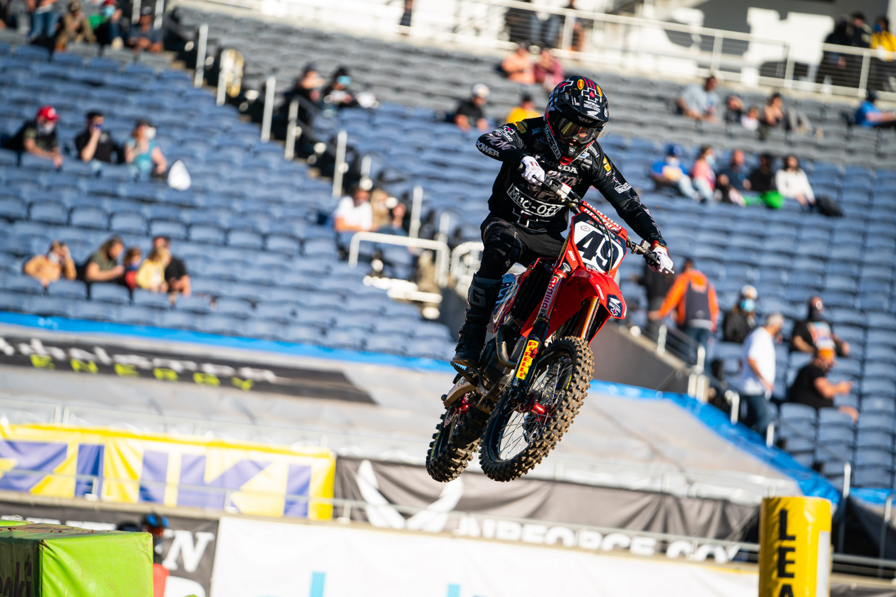 2021-ORLANDO-TWO-SUPERCROSS_KICKSTART_1520