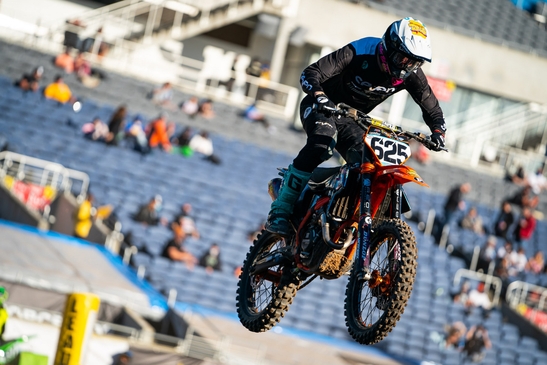 2021-ORLANDO-TWO-SUPERCROSS_KICKSTART_1521