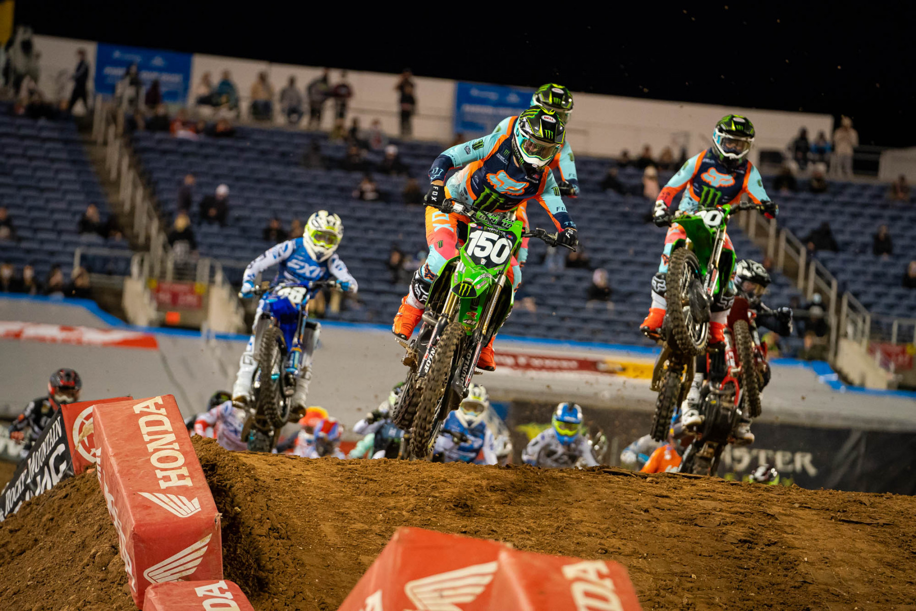2021-ORLANDO-TWO-SUPERCROSS_KICKSTART_1524