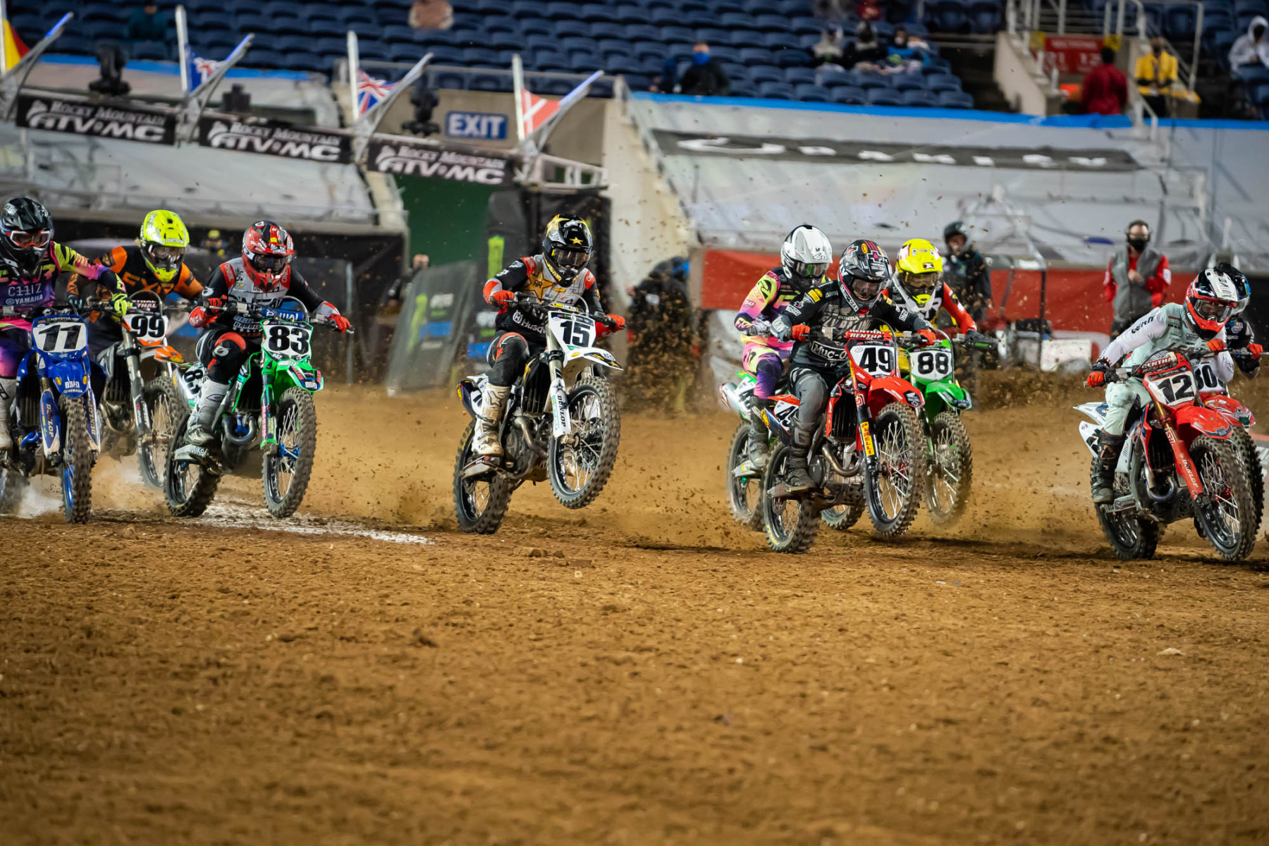 2021-ORLANDO-TWO-SUPERCROSS_KICKSTART_1544