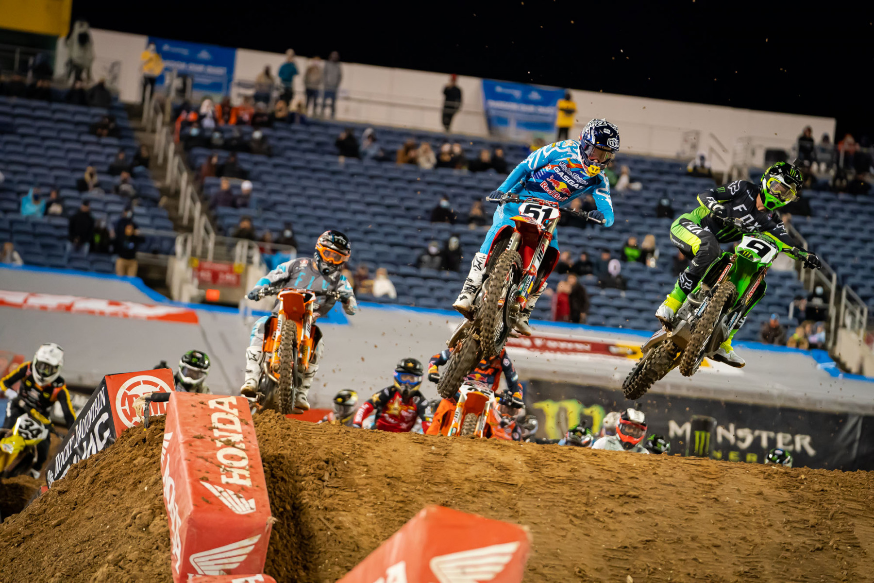 2021-ORLANDO-TWO-SUPERCROSS_KICKSTART_1556