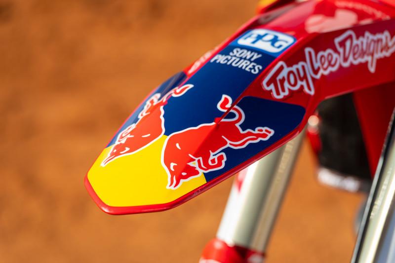 2021-Troy-Lee-Designs_Red-Bull_GASGAS_Race-Bikes_0162