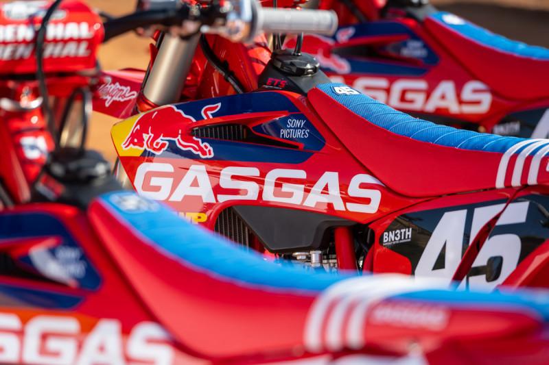2021-Troy-Lee-Designs_Red-Bull_GASGAS_Race-Bikes_0178