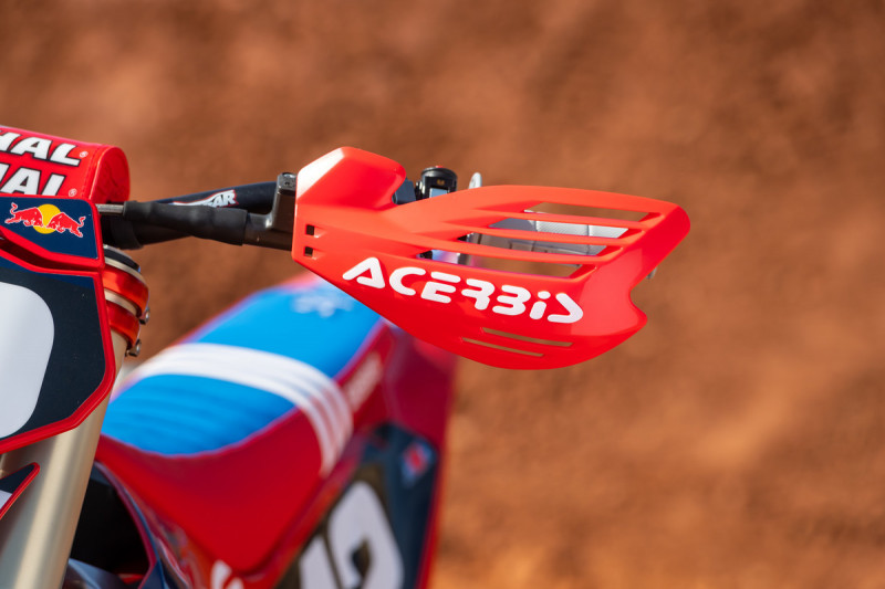 2021-Troy-Lee-Designs_Red-Bull_GASGAS_Race-Bikes_0182