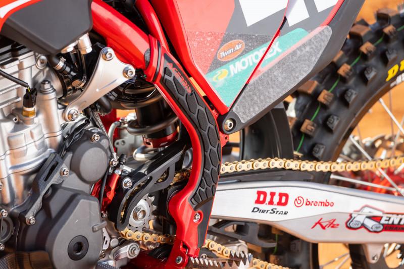2021-Troy-Lee-Designs_Red-Bull_GASGAS_Race-Bikes_0184