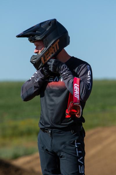 Leatt-2022-Motocross-Collection_0204