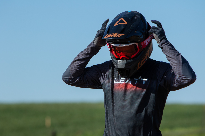 Leatt-2022-Motocross-Collection_0205