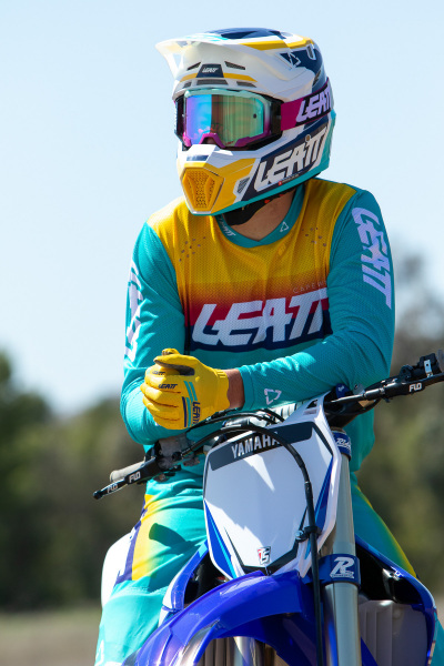 Leatt-2022-Motocross-Collection_0210