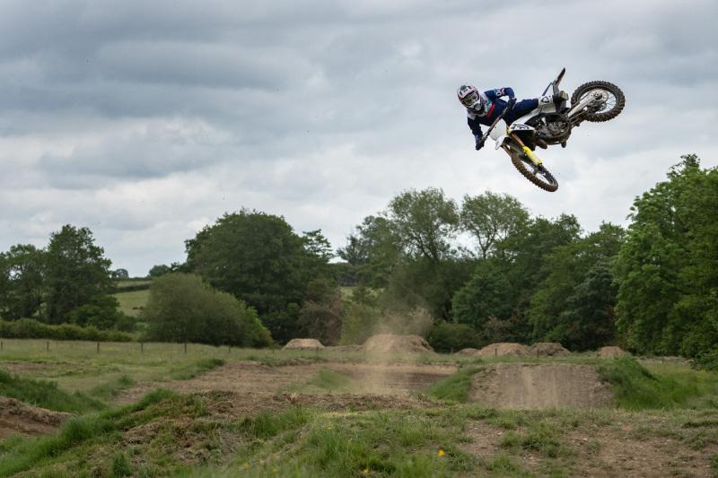 Leatt-2022-Motocross-Collection_0222